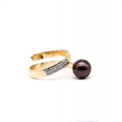 Pearl gold ring set with White topaz GWDR86381