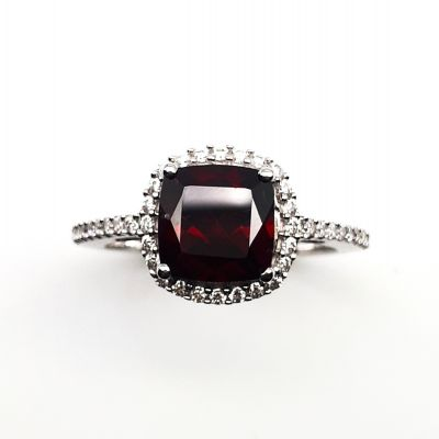 Red garnet and Cubic zirconia ring GWR88579