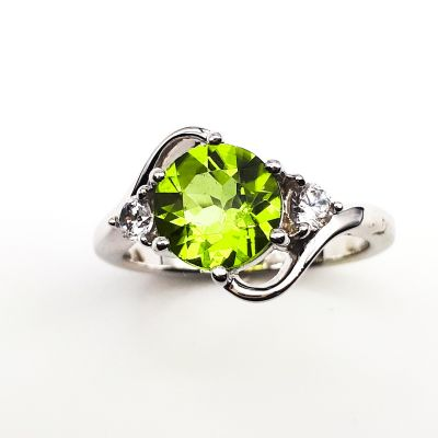 Peridot and Cubic Ziriconia ring GWR88702